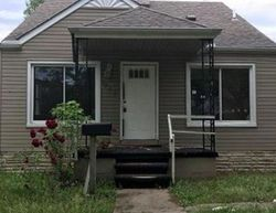 Warwick St - Foreclosure In Detroit, MI
