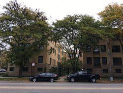 N Sheridan Rd Apt G - Chicago, IL