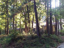 Lake Forest Dr Se