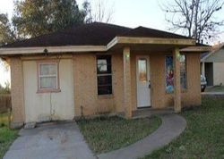 W Crockett St - Foreclosure In Beeville, TX