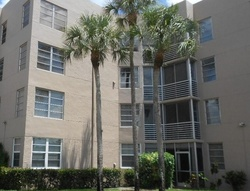 Sabal Palm Dr Apt 30