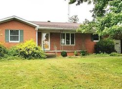Brubaker Rd - Foreclosure In Kinmundy, IL