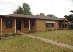 11th St - Foreclosure In Alva, OK