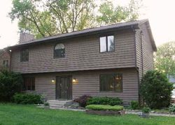 N Riverdale Dr - Foreclosure In Mchenry, IL