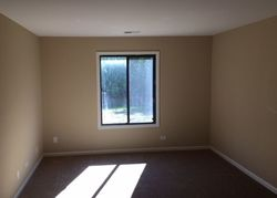 Thornton Ct Apt 1b