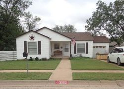 40th St - Foreclosure In Snyder, TX