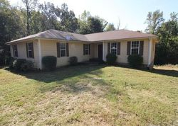 West Rd - Foreclosure In Clarksville, TN