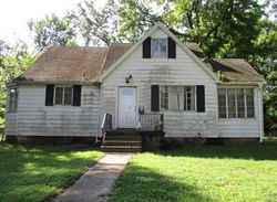 S 13th St - Foreclosure In Belleville, IL