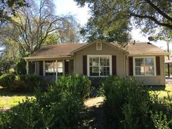 Avenue A - Foreclosure In Alice, TX