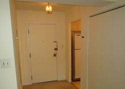 Lakeview Dr Apt 303