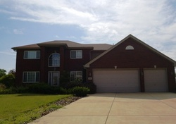 Charlotte Dr - Foreclosure In Lansing, IL