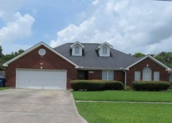 Oak N - Foreclosure In Nederland, TX