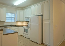 Clubhouse Rd Apt 2