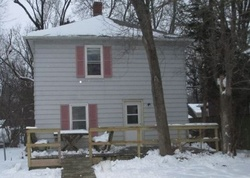 15th Ave - Foreclosure In Rock Island, IL
