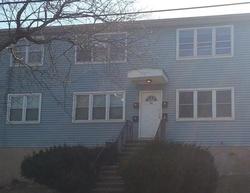 Oak Ridge Dr Apt 8 - New Haven, CT