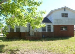 E 38th St - Foreclosure In Savannah, GA