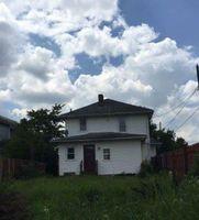 Oakwood Ave