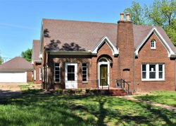 S 7th St - Foreclosure In Chickasha, OK