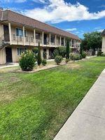 Country Club Blvd Apt 9 - Stockton, CA