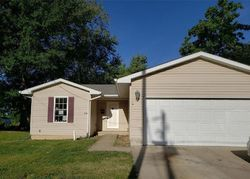 Cleveland St - Foreclosure In Jerseyville, IL