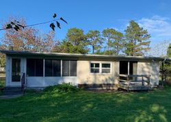 Woodhaven Dr - Foreclosure In Castle Hayne, NC