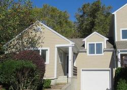 Pond View Dr - Foreclosure In Hope Valley, RI