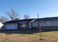 Skyline Dr - Foreclosure In Neosho, MO
