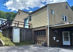 Cypress St - Foreclosure In Bluefield, WV
