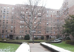 E Lincoln Ave Apt 3a