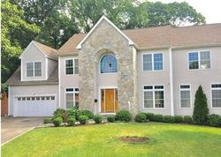 Stone Wall Dr