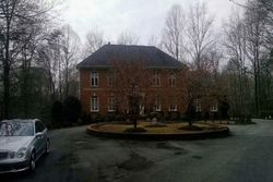 Mill Pond Valley Dr