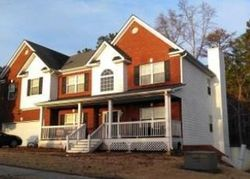 Blueberry Ln - Foreclosure in Conyers, GA