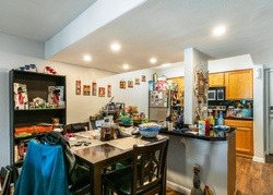 N 68th St Unit 240w